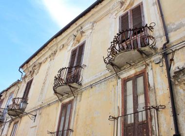1) Palazzo nobiliare