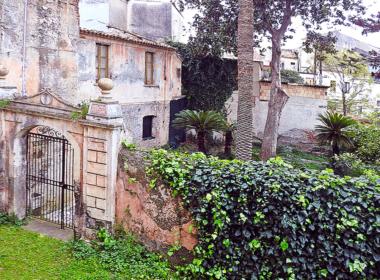 8) Giardino interno