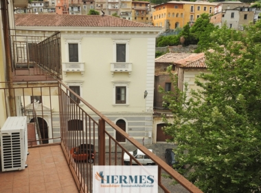4) Ampio balcone